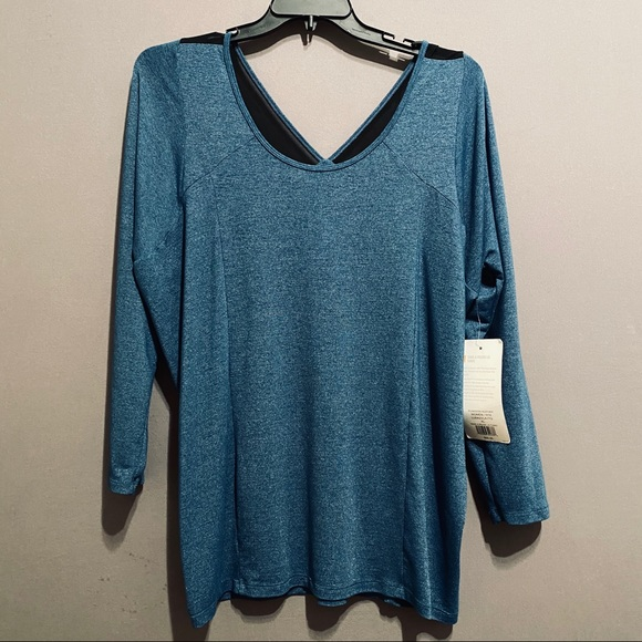 Lulu's Tops - ☘️NWT Lulu's tunic top size XL